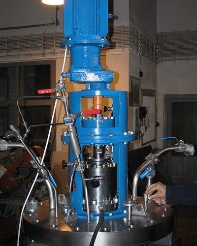 Hydrogenační autokláv 250 L, 80 barg
