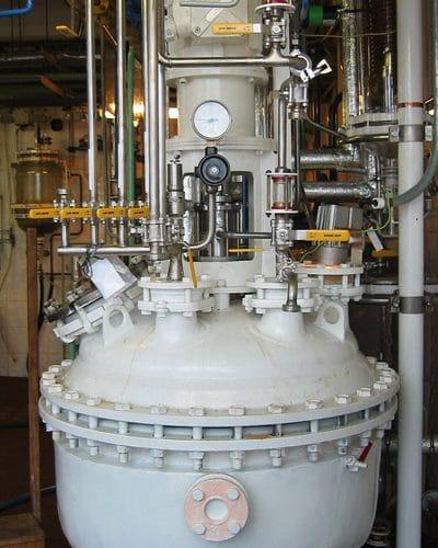 Přestavba smaltovaného kotle na hydrogenační autokláv